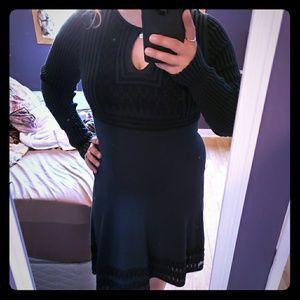 Key hole  long sleeve dress